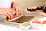 Préparation des maki sushi
